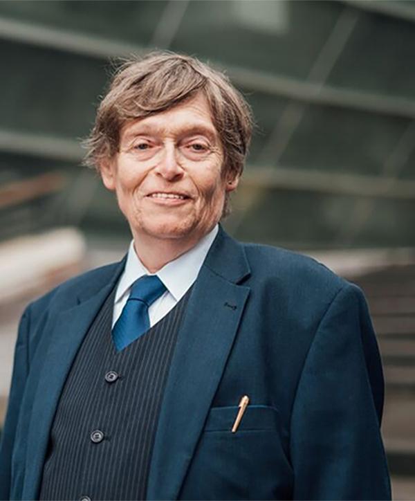 Reinhard Holm